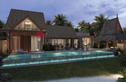 Ici, le luxe est synonyme de vastes étendues intérieures et extérieures qui s'ouvrent sur les étangs