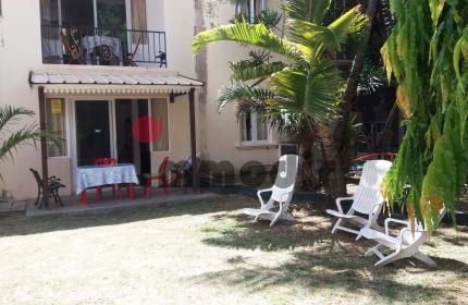 À vendre à Péreybère Résidence touristique de 3 appartements de 70m², et 2 studios de 42m² tous équipés