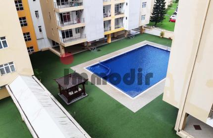 Appartement de 2 chambres dont 1 en suite, salon, salle à manger, cuisine, salle de bain, balcon et parking