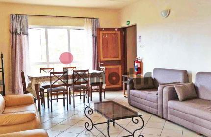 Bon retour locatif, appartement de 2 chambres à vendre à Ebène