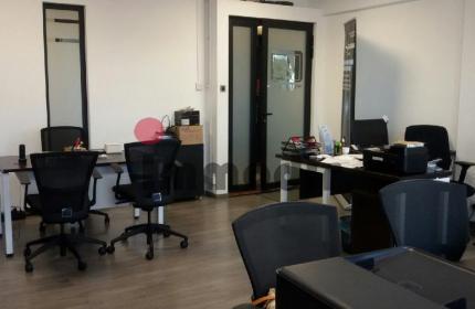 Bureau entièrement équipé, de 37m2 dans un business hub moderne et accessible
