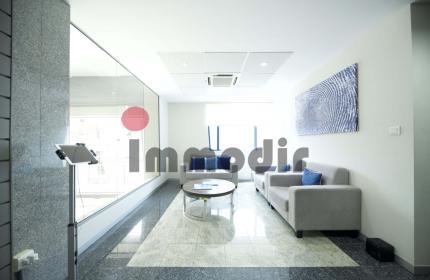Un espace de bureau meublé et equipé de 239 m2 à vendre à Port Louis