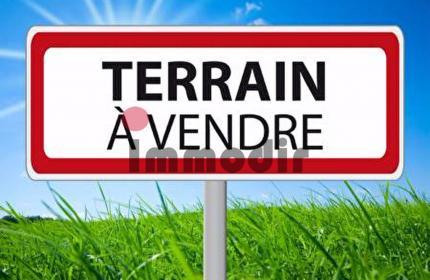 Terrain de 2142m2 / 564 Toises / 50 Perches en vente à St Pierre