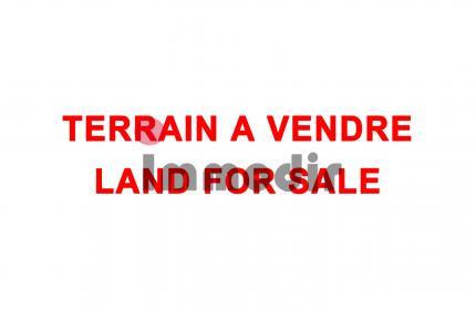 Idéal pour un projet immobilier! Terrain de 368 toises à vendre à Curepipe