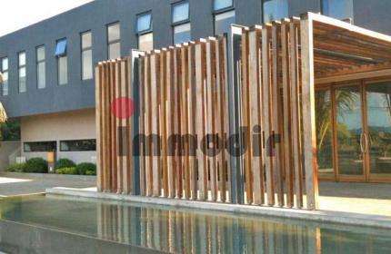 Bon compromis entre Port louis la capitale et Grand baie, A vendre dans un business centre , 1 bureau commercial de 20 m2