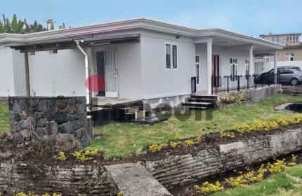 En bordure d'une riviere, maison de 3 chambres à louer