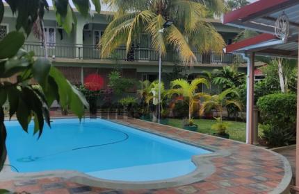 Très joli duplex au sein d'une petite résidence avec piscine commune